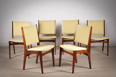 A SET OF SIX ROSEWOOD SQUARE BACKED DINING CHAIRS at de Veres Auctions