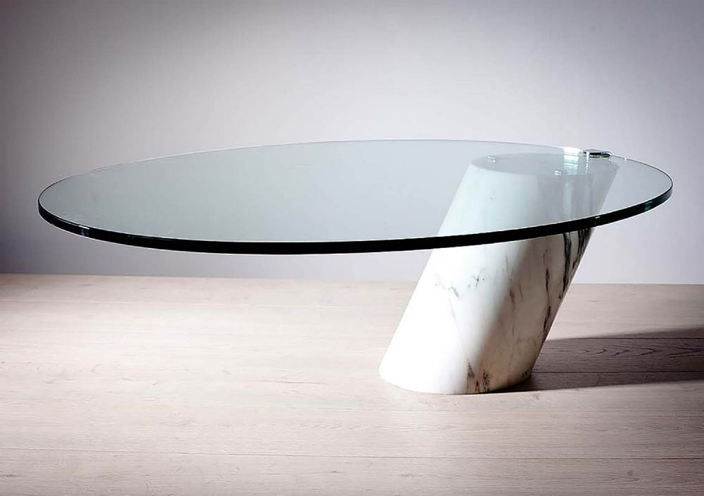 AN OVAL COFFEE TABLE
