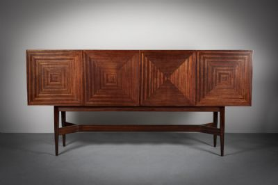A FINE ROSEWOOD SIDEBOARD at de Veres Auctions