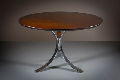 A ROSEWOOD CIRCULAR DINING TABLE, ITALIAN, at deVeres Auctions